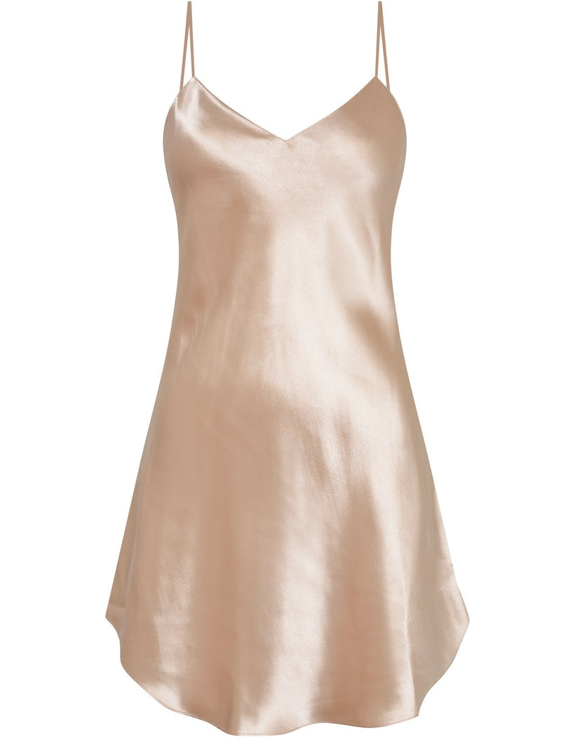Luna di Seta, silk, chemise, nightdress, short, slip, thin spaghetti straps which are adjustable, v neck line, in sahara, nude, champagne, Caroline Randell