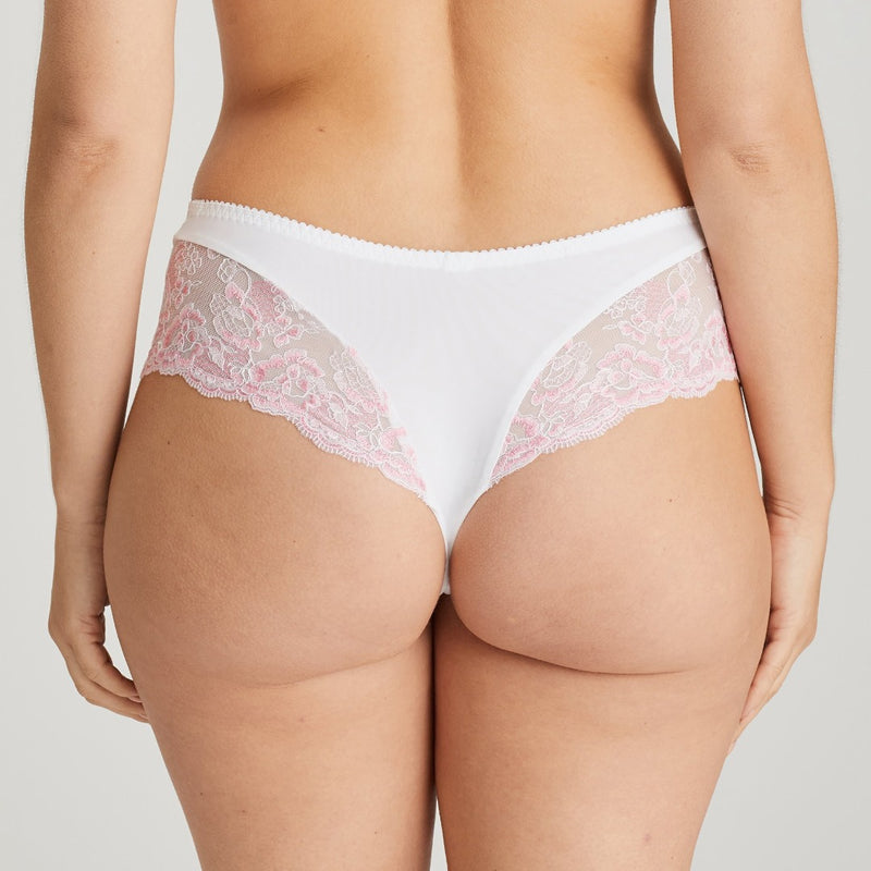 Prima Donna Nyssa luxury thong with striped fabric and lace edge on the upper leg and bum. Sweety pink colour, Caroline Randell.