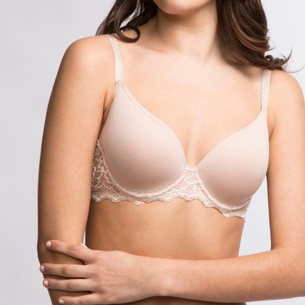Simone Perele, Caresse, 3D spacer cups, underwired, smooth, t-shirt, bra, light mould, plunge, low neckline, black, lace along the band and straps, peau rose colour, Caroline Randell.