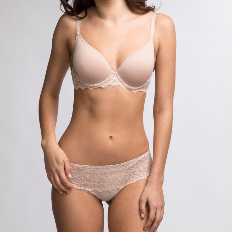 Simone Perele, Caresse, lacey seamless, short, hot pant, knicker, full lace back and front, in peau rose, beige, nude