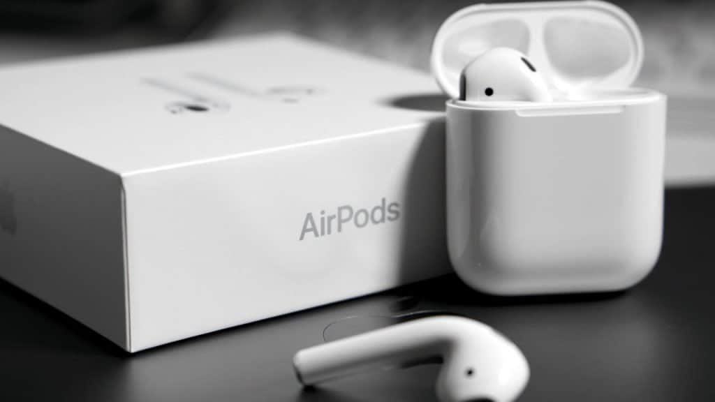 Apple replaces AirPods for customers but sends wrong future version