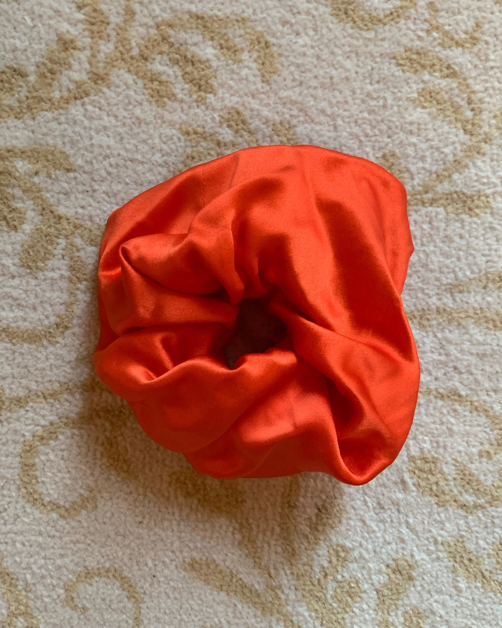 LOLLIE SCRUNCHIE RED