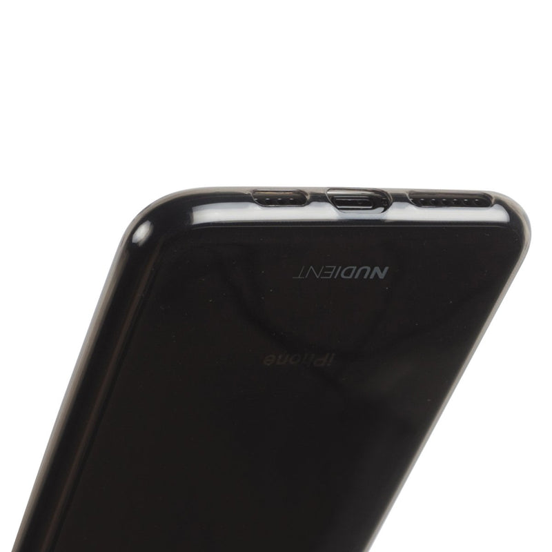 Une coque fine et transparente pour iPhone 11 Pro Max - Black Transparent