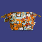Garfield and Odie Washbag