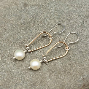 Freshwater Pearl Pinned Horseshoe Earrings