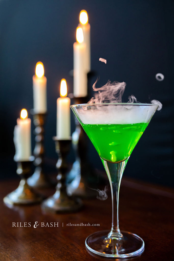 Riles & Bash_How to Create Spooky Cocktails with Dry Ice