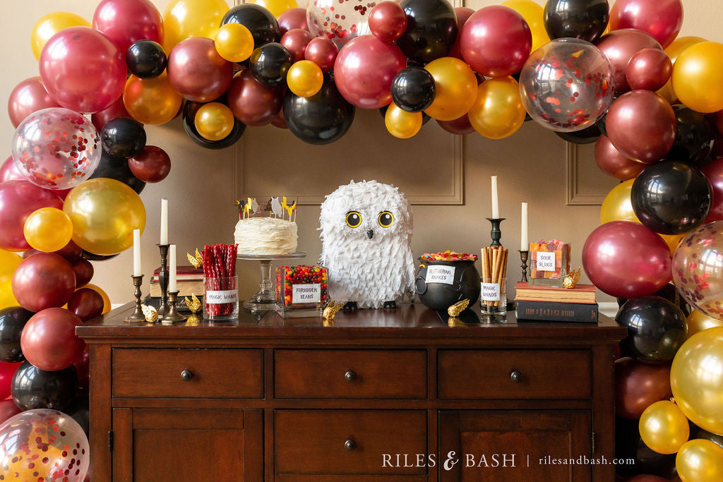 Riles & Bash_online party supplies_balloon garland kit_burgundy black and gold balloons