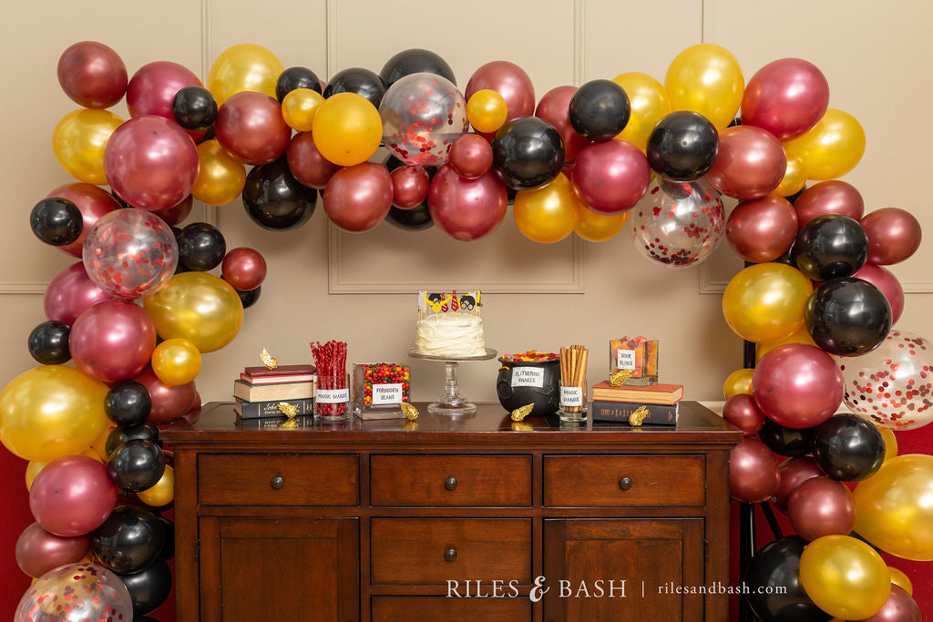 Riles & Bash online party supplies_how to make a balloon garland
