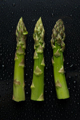 By THOR - Asparagus, CC BY 2.0, https://commons.wikimedia.org/w/index.php?curid=40606470