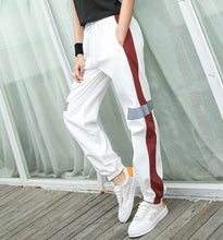 Load image into Gallery viewer, EF8162 Loose Running  Pants Yoga Women Elastic Waist Quick Dry Training Jogging Trousers Female Exercise Sports Pants Autumn