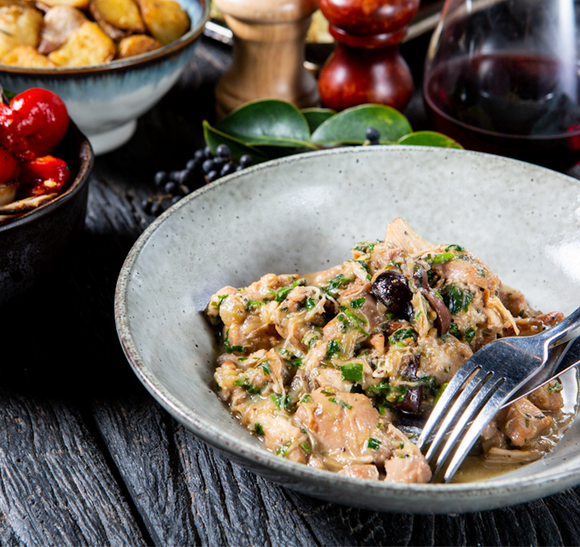 Chicken Alla Cacciatora - Tuscan Style w White Wine, Black Olives & Rosemary