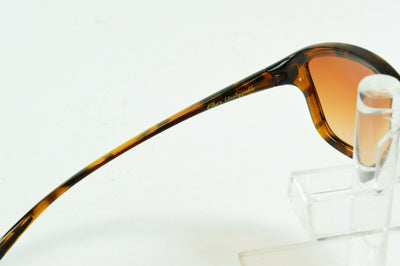 Display Mdl Oakley She's Unstoppable Tortoise Brown Grad. Sunglasses OO9297-04