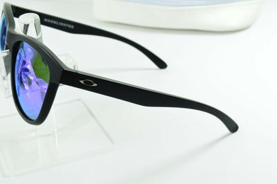 Display Model Oakley Moonlighter Matte Black Violet Iridium OO9320-09 Sunglasses