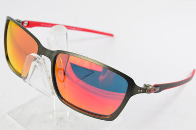Oakley Scuderia Ferrari Tincan Carbon OO6017-07 Gunmetal Red Display Model