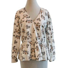 Load image into Gallery viewer, La Vie Rebecca Taylor Camille Floral Peplum Top Size L