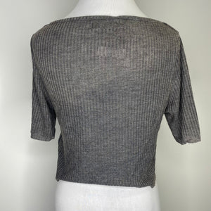 Topshop Slash Crop Tee in Gray or White Size 10 (NWT)