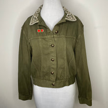 Load image into Gallery viewer, Alice + Olivia Chloe Embroidered Cropped Jacket In Army Size L (NWT)
