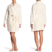 Load image into Gallery viewer, Tahari Sparkle Faux Shearling Robe in Pale Rose Size S/4 (NWT)