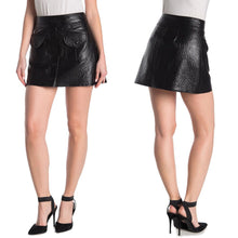 Load image into Gallery viewer, BLANKNYC American Hustler Faux Ostrich Leather Mini Skirt Size 28 (NWT)
