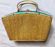 Load image into Gallery viewer, Vintage straw box bag