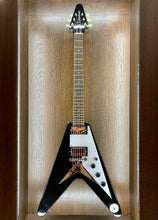 Load image into Gallery viewer, Epiphone Flying V, Ebony