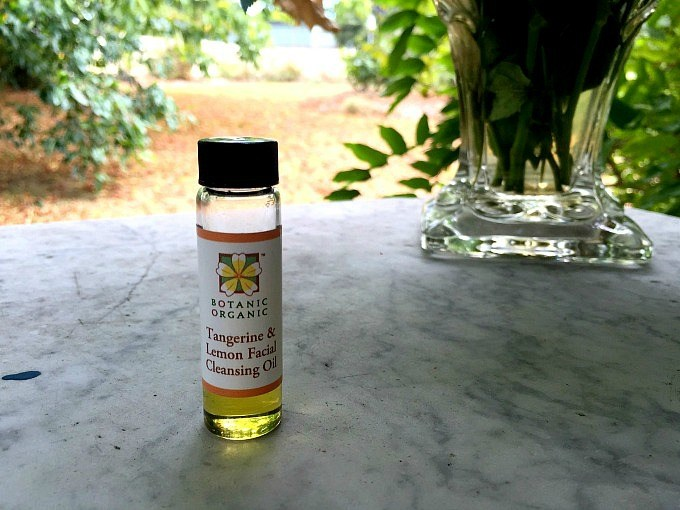 How to wash your face with Botanic Organic's Botanic Organic Tangerine & Lemon Facial Cleansing Oil