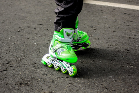 How to deodorize roller skates and roller blades