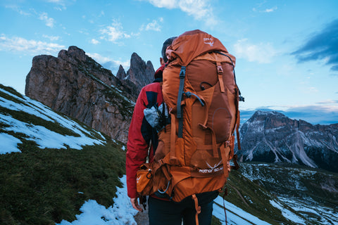 How to deodorize a backpack