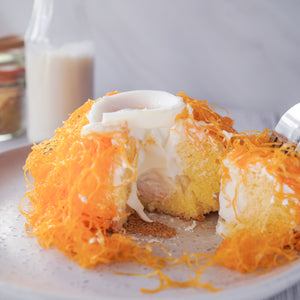 Sponge cake with  Thai Foi Thong and coconut cream