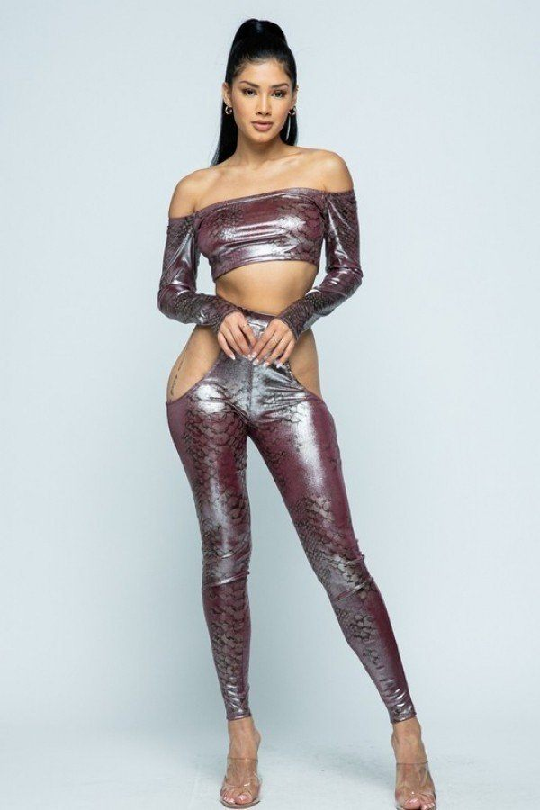 Snake Foil Print Off Shoulder Long Sleeve Top With Waist Band Under Side Cut Open Pants Set