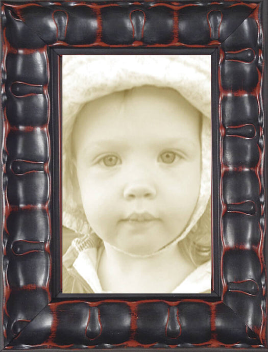 Black Piecrust Decorative Picture Frame
