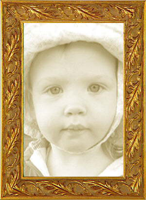 Thin Gold Leaf Ornate Picture Frame