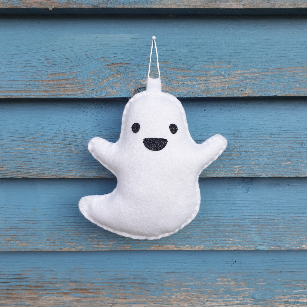 fun cute ghost felt sewing kit