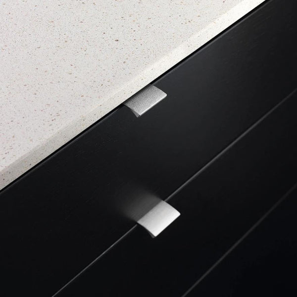 Edge Straight Profile Handle - Graphite Grey
