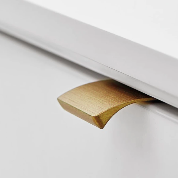 Edge Straight Profile Handle - Brushed Brass & Lacquered
