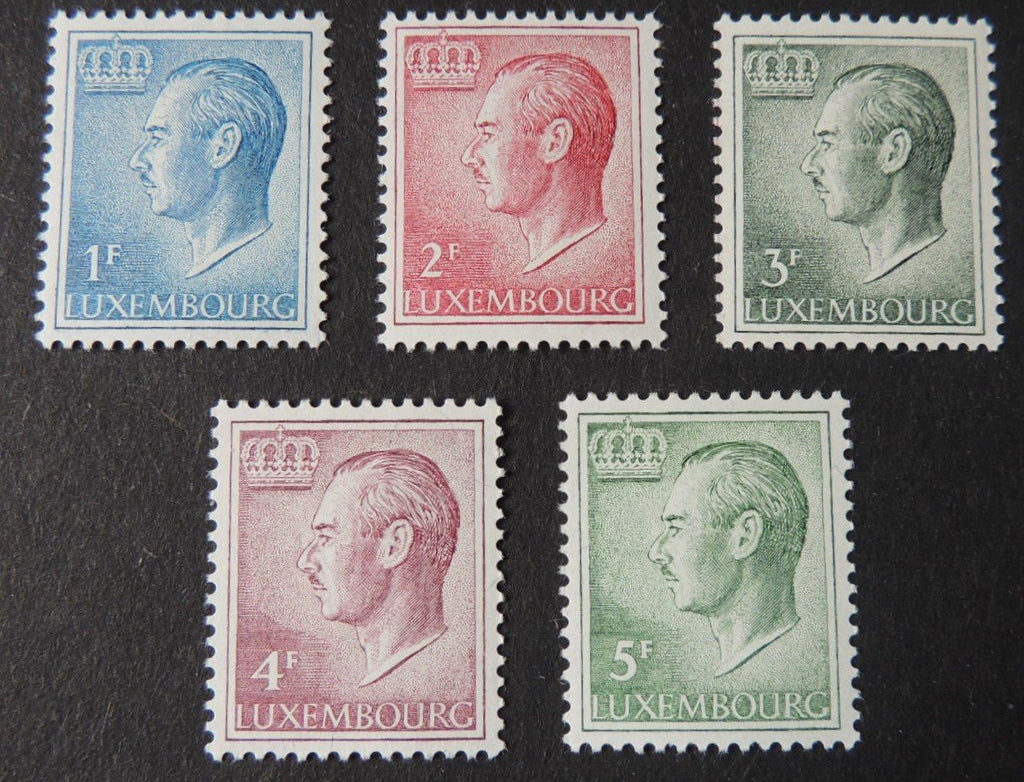 Luxembourg 1965-91 definitives 1F 2F 3F 4F 5F values MNH