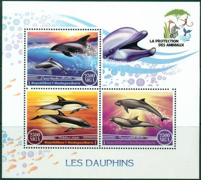 Madagascar 2017 Dolphins Miniature Sheet
