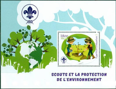 Madagascar 2018 Scouts Protection Of The Environment #2 Souvenir Sheet