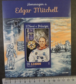 St Thomas 2016 edgar mitchell space apollo 14 medals flags parashute astronauts s/sheet mnh