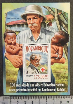 Mozambique 2013 albert schweitzer red cross children s/sheet mnh