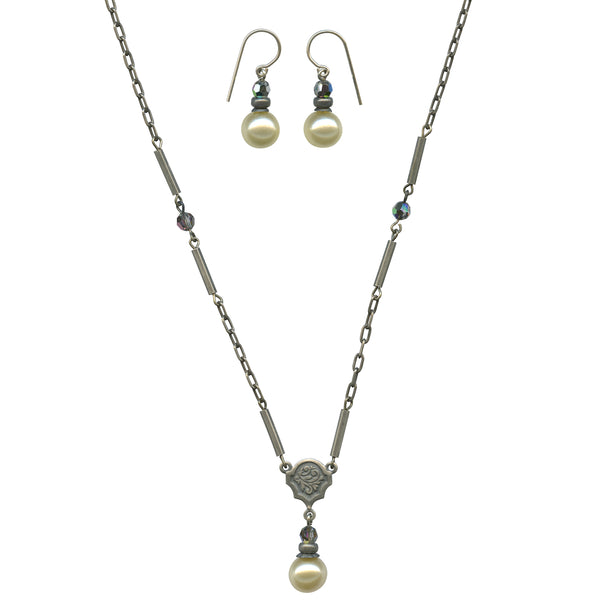 HYDE PARK 1 EARRINGS AND NECKLACE SET