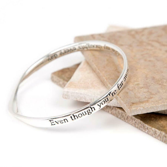 Love The Links Silver Far Away Thoughts Quote Message Bangle Bracelet