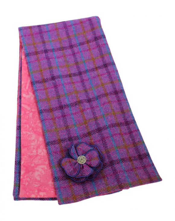 Stunning Pink Tweed Shawl Wrap Scarf With Cotton Lining & Movable Corsage