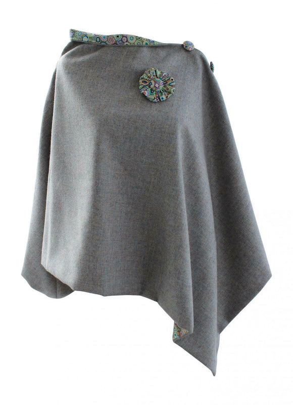 Stunning Grey Pebble Tweed Poncho Cape Wrap with Paperweight Dotty Lining