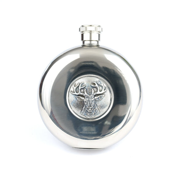 5oz Round Pocket Hip Flask With Polished Finish Scottish Highland Stag Detail With Tot Cups