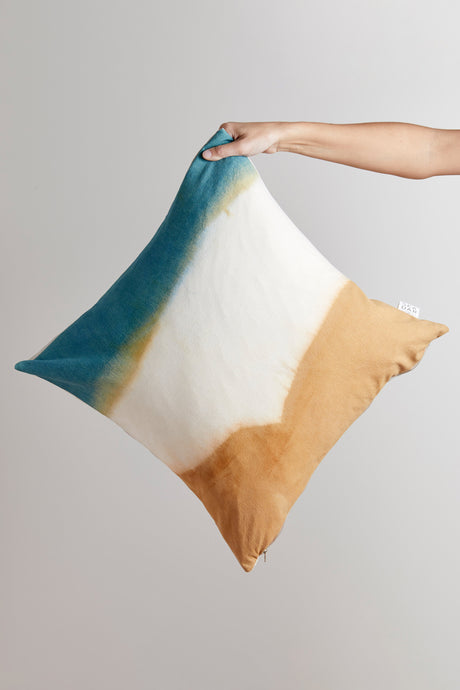 Natural Dyescape Pillow / desert