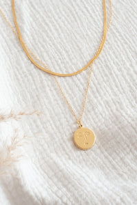 Sassy Moon Necklace / gold