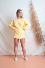 Load image into Gallery viewer, Classic Fleece Short / lemon
