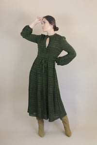 Peephole Dress - Green