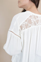 Load image into Gallery viewer, Lyre Blouse - Ecru